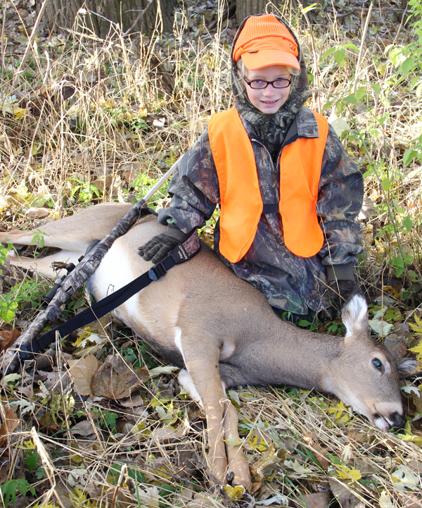 Alyssa Hoenes with her Doe