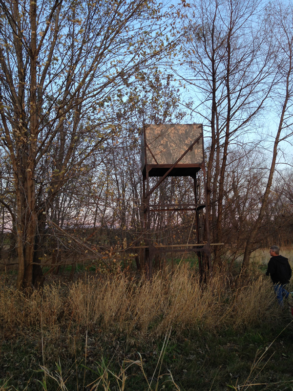 33_Deer_Hunting_Tree_Stand